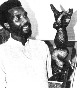 Paul SEKETE in 1989 viewing one of his works (image from advert in Northcliff Melville Times, Johannesburg, 15th August, 1989)